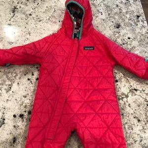 Patagonia Jackets & Coats - NWOT Pink Patagonia Reversible 3-6 mo fits 6-12 mo